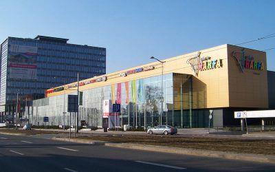 Galerie Harfa and DinoPark