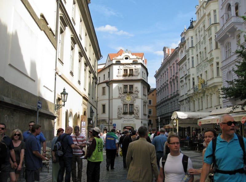 Shopping in Karlova Street