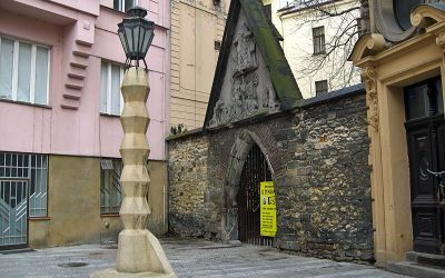 Cubist Lamppost, Cubist Museum, the Black Madonna and Cubist Architecture