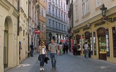 Shopping in Karlova Street