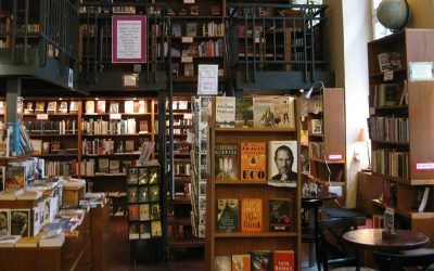Globe Bookstore – Coffee and Books