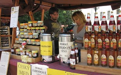 Farmers' Markets for Locals and Tourists